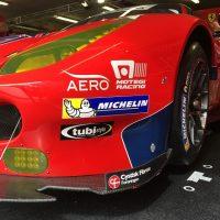 Racerkøreren Christina Nielsen har Cystisk Fibrose Foreningens logo på sin røde Ferrari til Le Mans